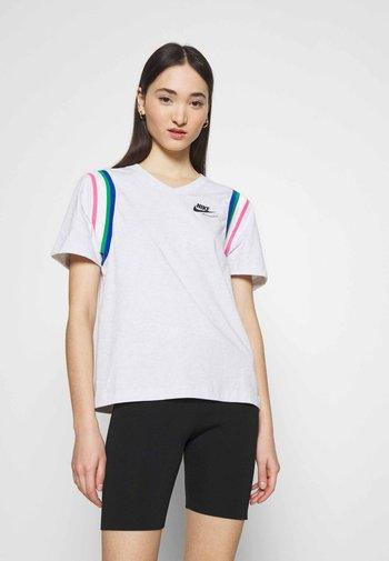 Print T-shirt - birch heather/black