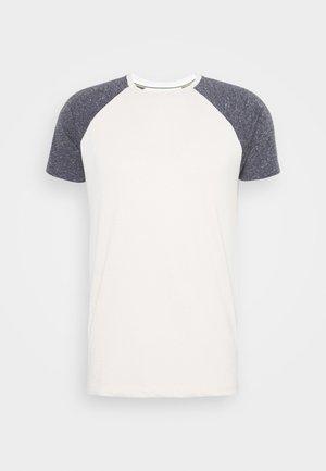 PONTEVEDRA - Print T-shirt - fog