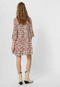 Vero Moda - SIMPLY EASY - Day dress - birch - 2