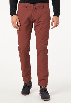 SLIM FIT ANTIBES - Pantalon classique - braun
