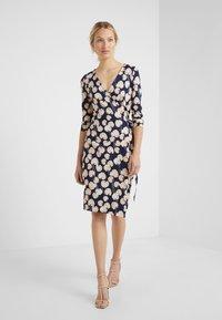 Diane von Furstenberg - NEW JULIAN TWO - Shift dress - new navy - 0