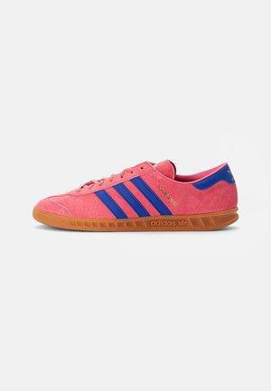 HAMBURG UNISEX - Trainers - rose tone/bold blue/gum