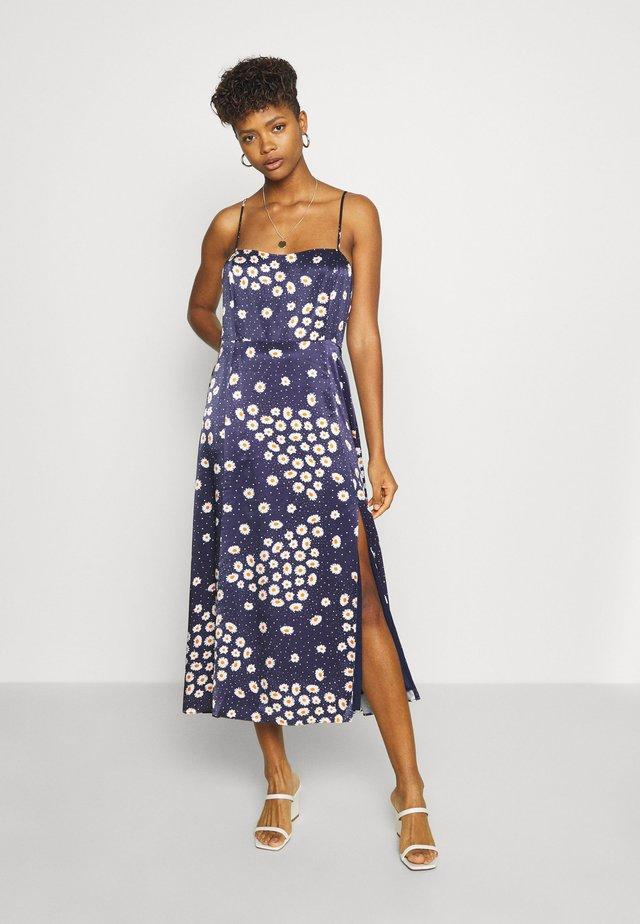 EMALINE MIDI DRESS - Day dress - lilac