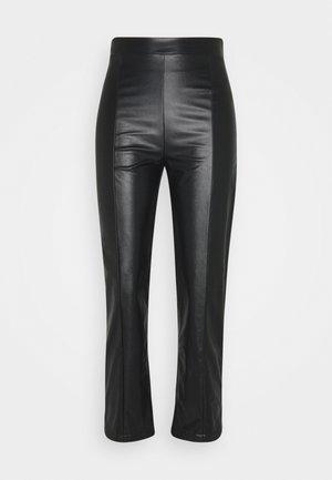 PU straigth Leg Trousers - Stoffhose - black