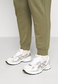 ASICS SportStyle - GEL-1130 - Trainers - white/pure silver - 3
