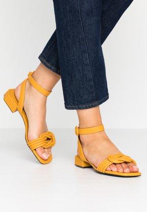 Sandali - girasole