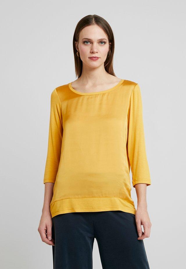 THILDE - Pusero - honey yellow