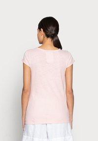 Mos Mosh - TROY TEE - Basic T-shirt - peachskin - 2