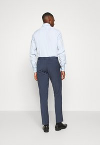 Isaac Dewhirst - PLAIN SMOKEY SUIT - Costume - blue - 5
