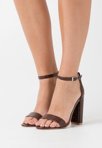 Glamorous Wide Fit - High heeled sandals - coffee - 0
