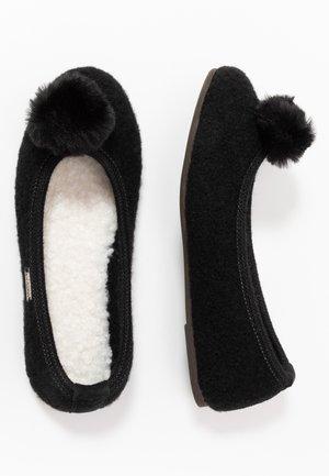 PLÜSCHBOMMEL - Slippers - schwarz