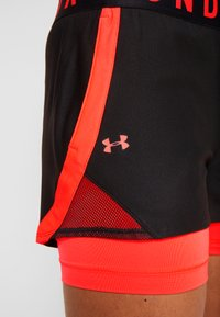 Under Armour - PLAY UP SHORTS - Pantalón corto de deporte - black - 5