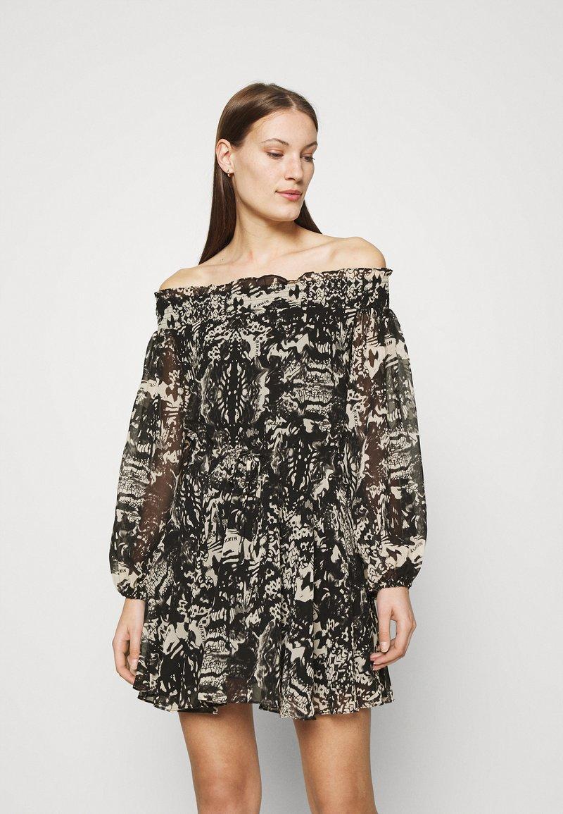 NIKKIE - FAYLEE DRESS - Vestido informal - black