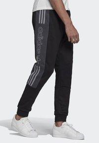 adidas Originals - BX-20 SWEAT JOGGERS - Tracksuit bottoms - black - 2