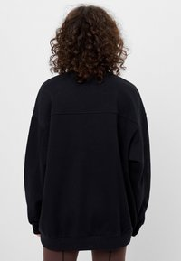 Bershka - Sweatshirt - black - 2