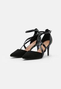 Wallis - CARRIE - Klassieke pumps - black - 2
