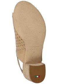 NeroGiardini - Ankle cuff sandals - champagne 439 - 2