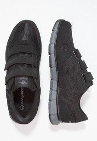 KangaROOS - K-BLUERUN 701    - Sports shoes - black/dark grey - 1