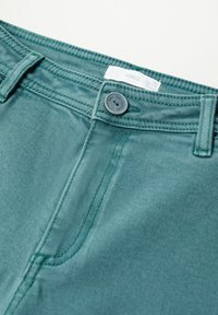 Mango - OLIVIA - Straight leg jeans - smaragdgroen - 2
