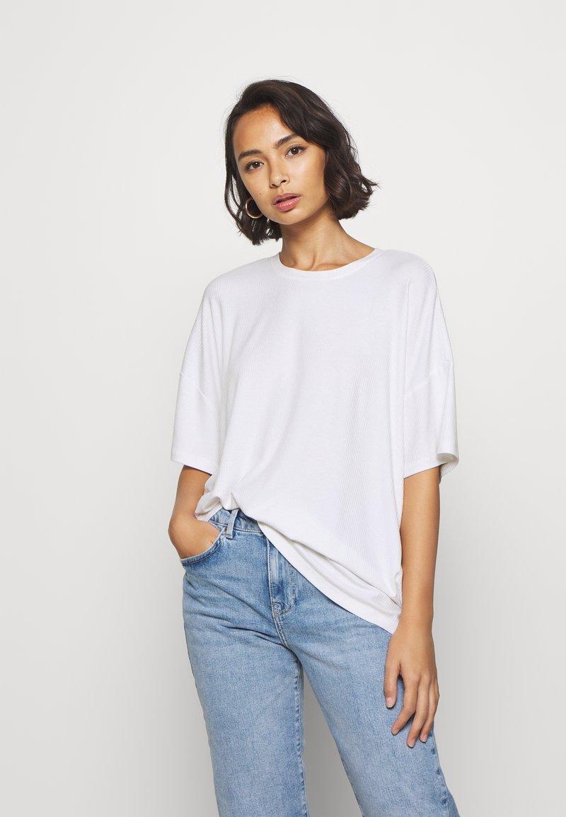 Even&Odd Petite - Basic T-shirt - white