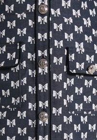 maje - RENATILA - Shirt dress - nœuds marine - 6