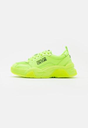 Sneakersy niskie - verde fluo