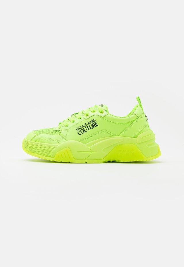 Baskets basses - verde fluo