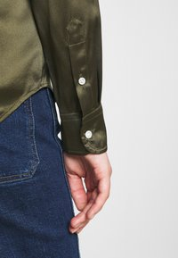 Polo Ralph Lauren - CHARMEUSE - Button-down blouse - expedition olive - 3