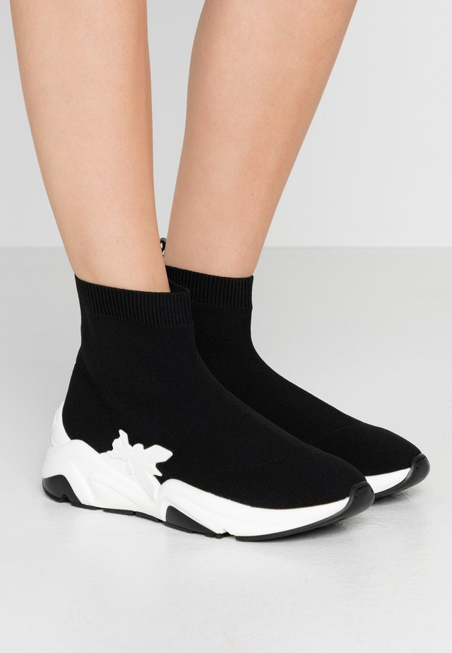 Sneakersy wysokie - nero