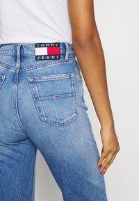 Tommy Jeans - JULIE UHR - Straight leg jeans - denim light - 3