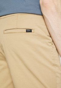 Hollister Co. - Shorts - light khaki - 5