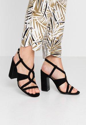 SWIRLEY  - Højhælede sandaletter / Højhælede sandaler - black