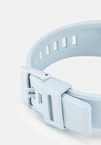 G-SHOCK - Chronograph watch - white - 3