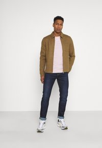 Levi's® - 512 SLIM TAPER LO BALL - Slim fit jeans - myers crescent - 1