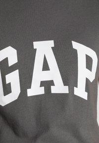 GAP - FRANCHISE TEE 2 PACK - T-shirt print - white red - 5