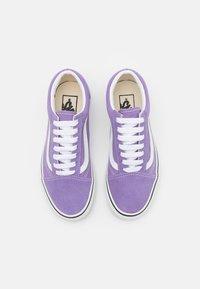 Vans - OLD SKOOL - Trainers - chalk violet/true white - 3