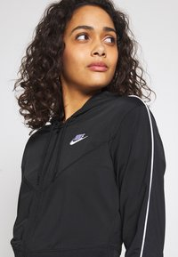 Nike Sportswear - HOODIE - Treningsjakke - black/white - 4