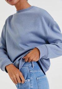 PULL&BEAR - Sweatshirt - light blue - 4