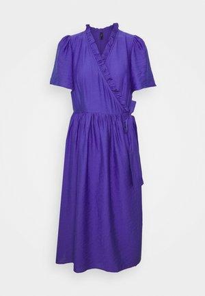 YASIRIS MIDI DRESS - Vapaa-ajan mekko - blue iris
