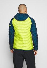 Dynafit - RADICAL HOOD - Down jacket - moss - 2