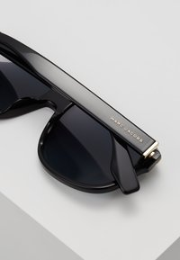 Marc Jacobs - Sunglasses - black - 6