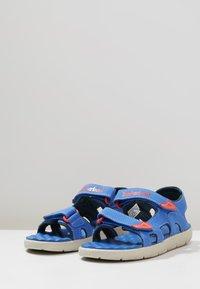 Timberland - PERKINS ROW 2-STRAP - Walking sandals - bright blue - 3