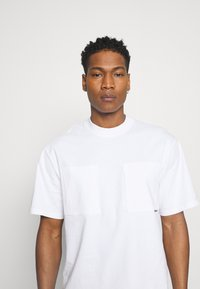 Only & Sons - ONSASHER LIFE TEE - T-shirt - bas - white - 3