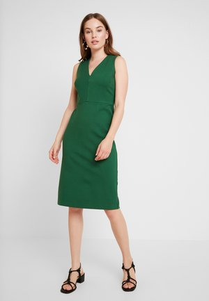SHEATH SOLID - Shift dress - luscious green