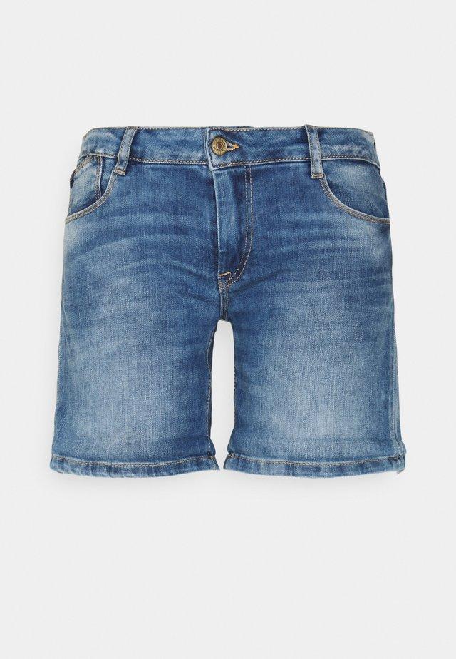 JANKA - Jeansshorts - blue