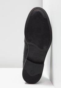 Vagabond - AMINA - Støvletter - black - 6