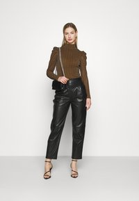 Fashion Union - TISHOW - Long sleeved top - pecan houndstooth - 1