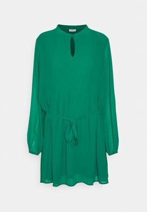 JDYDORA DRESS - Day dress - lush meadow