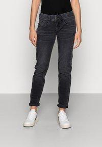 Herrlicher - Slim fit jeans - inox - 0