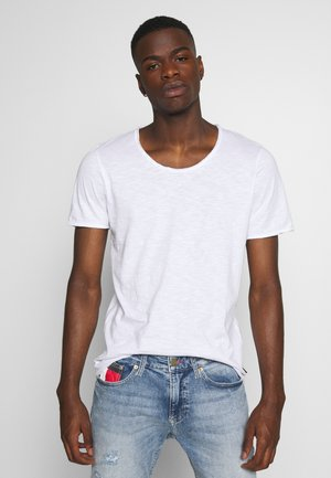 JJDETAIL TEE U NECK - Basic T-shirt - white
